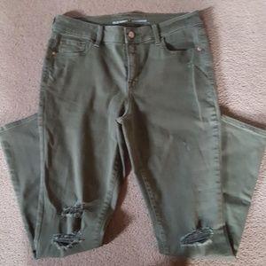 Old Navy Mid Rise Rockstar Army Green Pants